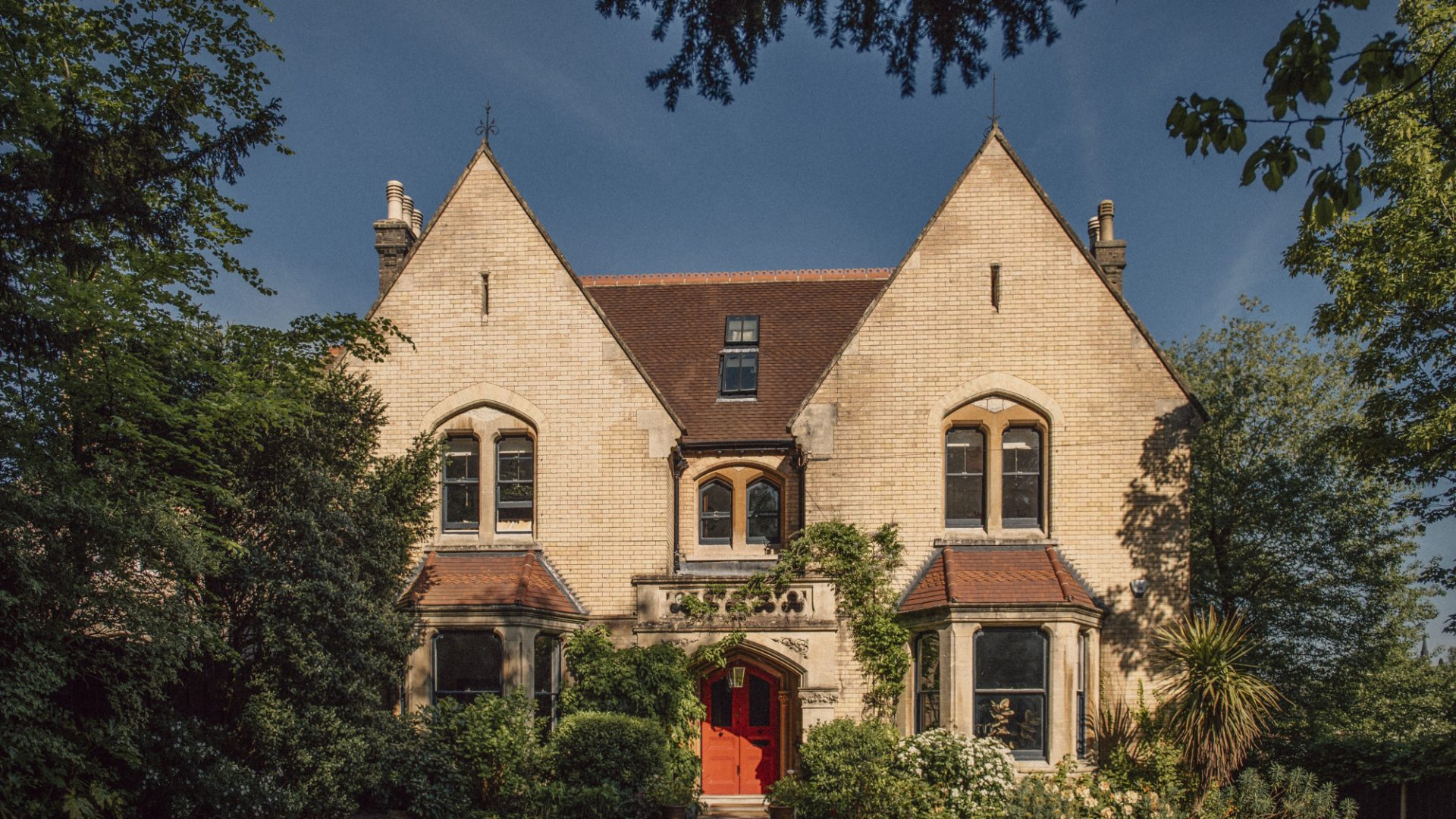 Riddings Court, Caterham for sale with Mr and Mrs Clarke estate agent