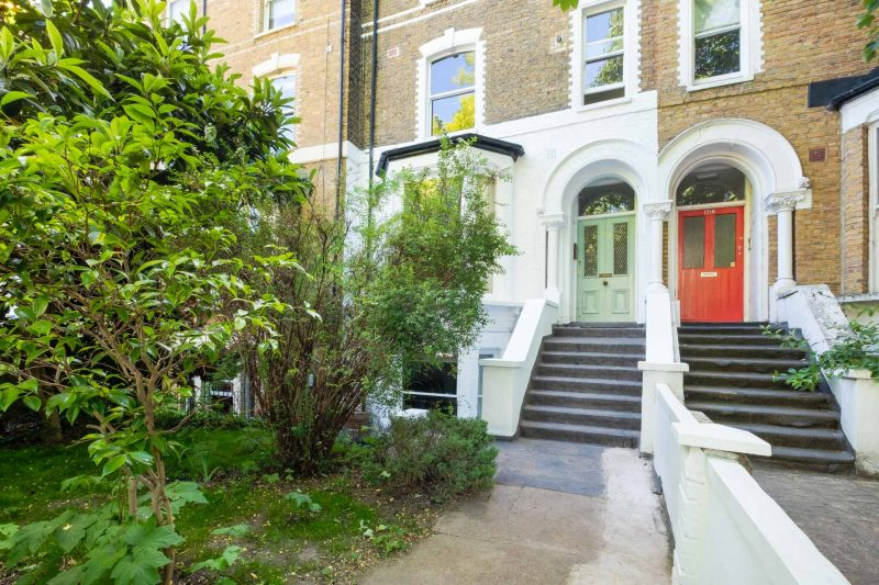 More about Amhurst Road, Hackney Downs with estate agent Mr and Mrs Clarke