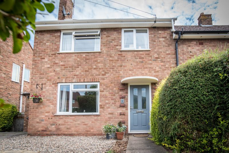 More about Cotswold Road, Malvern with estate agent Mr and Mrs Clarke