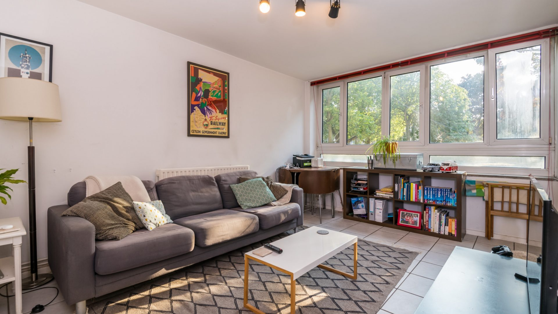 Nunhead Crescent, Nunhead for sale with Mr and Mrs Clarke estate agent