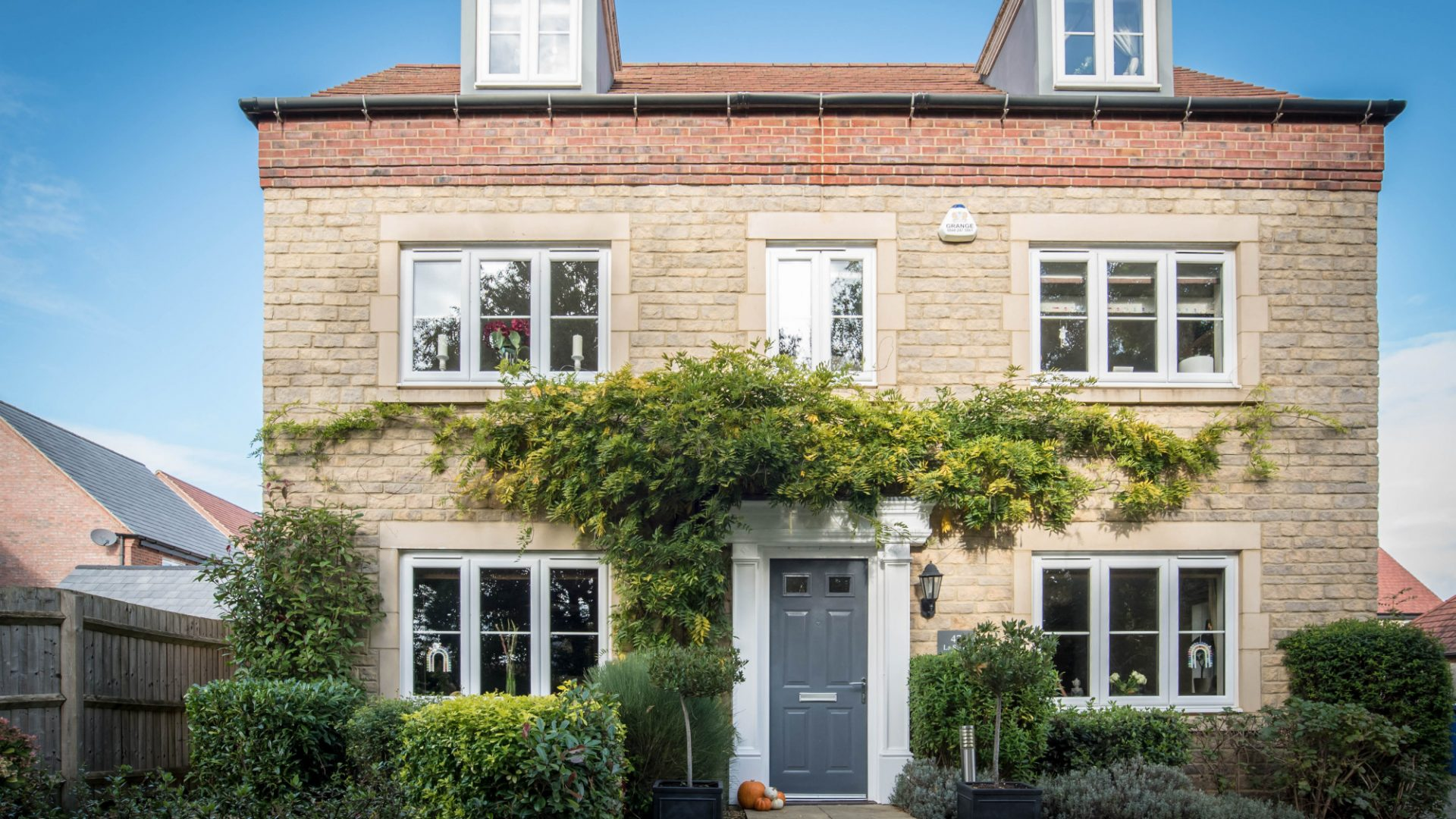 Kempton Close, Bicester for sale with Mr and Mrs Clarke estate agent