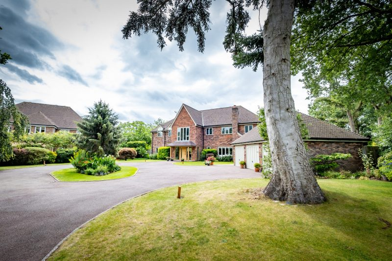 More about Tuckenhay, Lapworth with estate agent Mr and Mrs Clarke