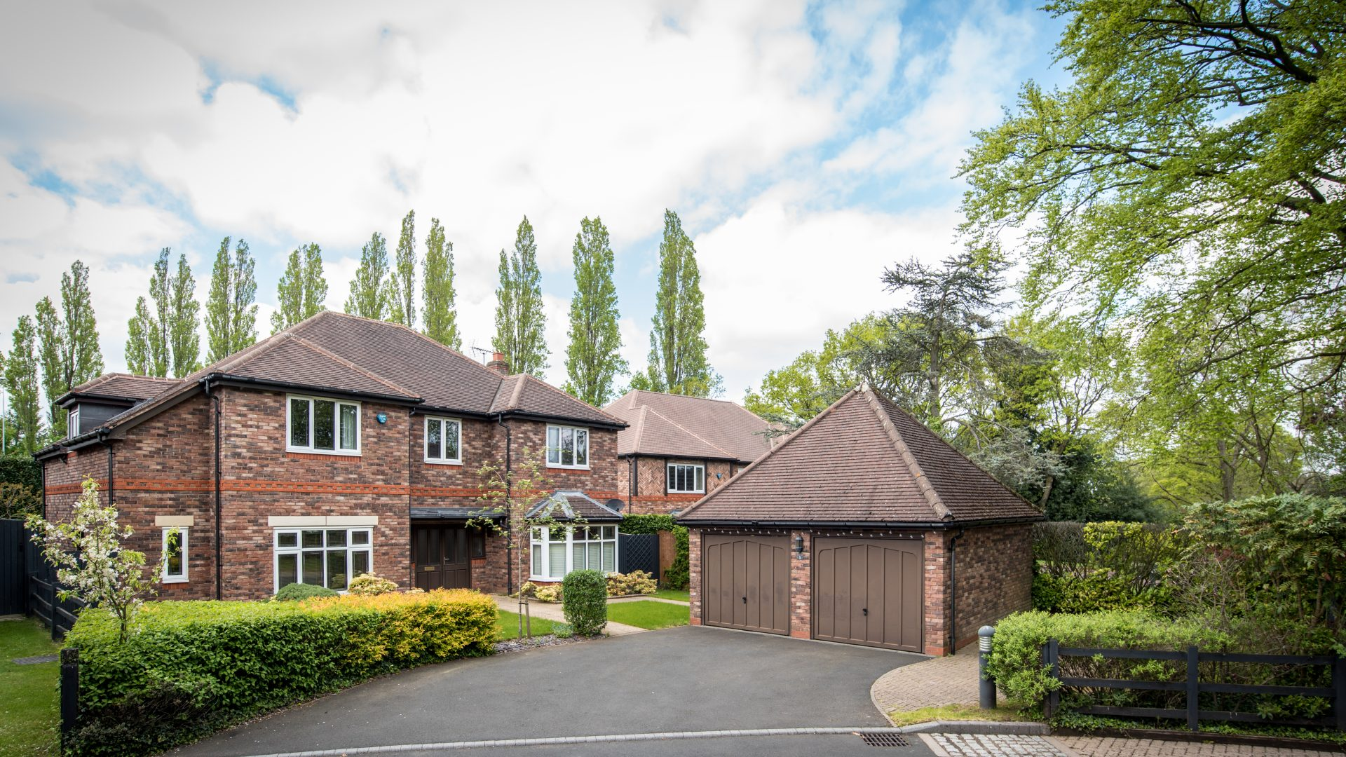 Clairvaux Gardens, Solihull for sale with Mr and Mrs Clarke estate agent