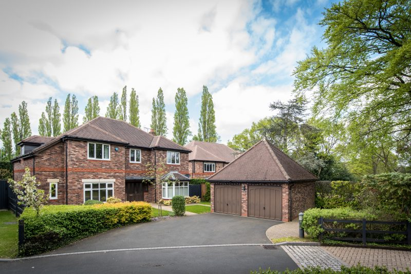 More about Clairvaux Gardens, Solihull with estate agent Mr and Mrs Clarke