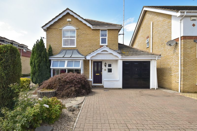 More about Aisher Way, Sevenoaks with estate agent Mr and Mrs Clarke