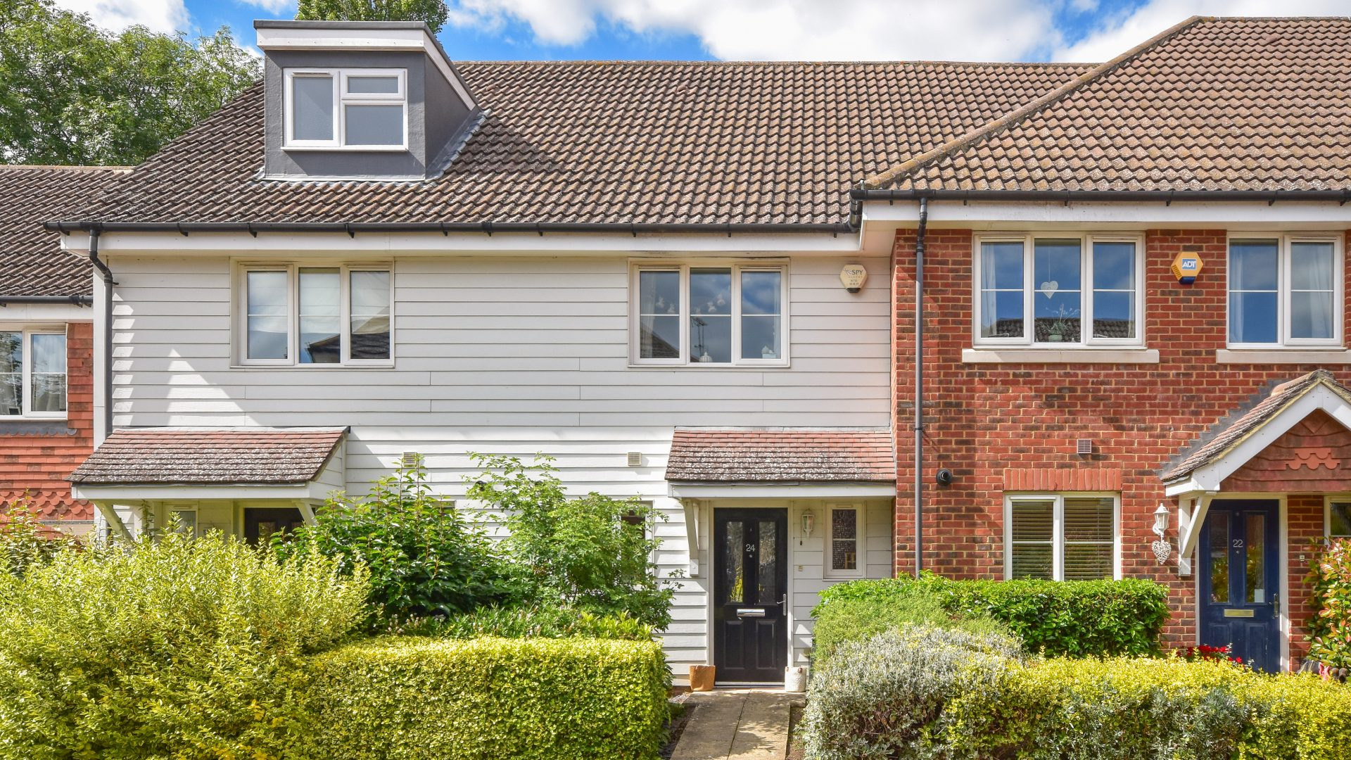 Albion Way, Edenbridge for sale with Mr and Mrs Clarke estate agent