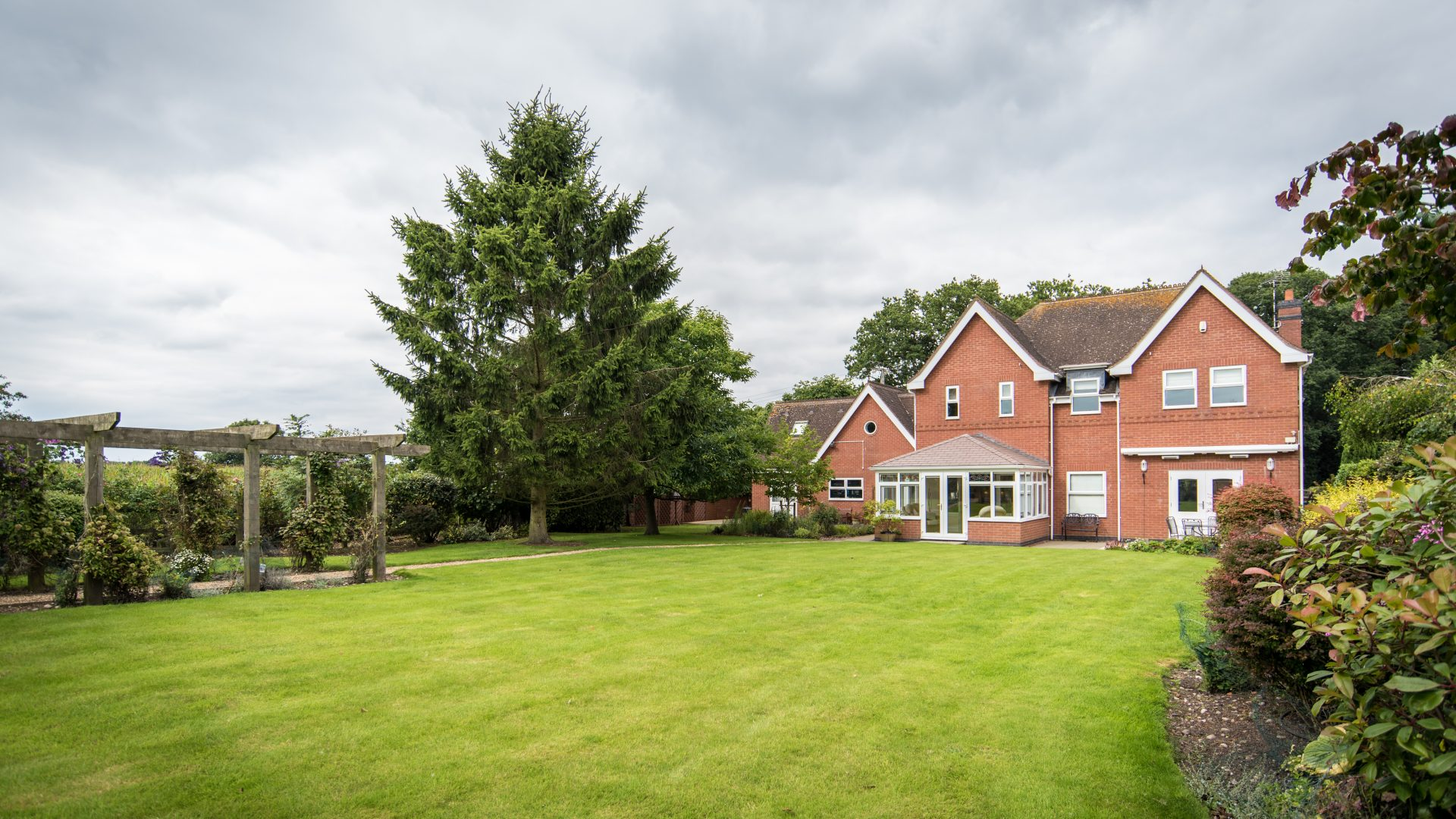 Browns Green Lodge, Tanworth in Arden for sale with Mr and Mrs Clarke estate agent