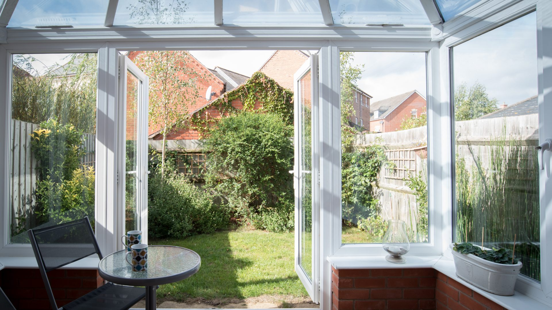 Lingfield Crescent, Stratford-Upon-Avon for sale with Mr and Mrs Clarke estate agent
