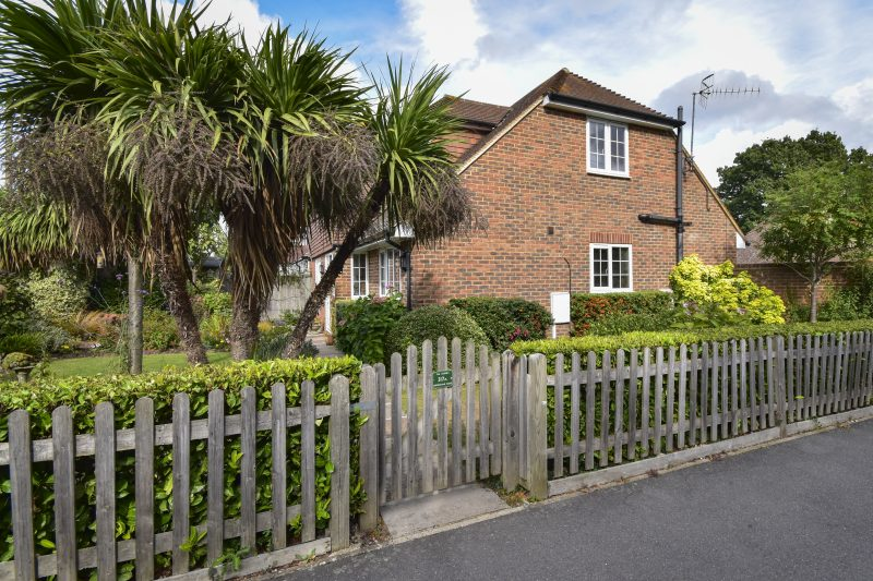 More about Shipbourne Road, Tonbridge with estate agent Mr and Mrs Clarke